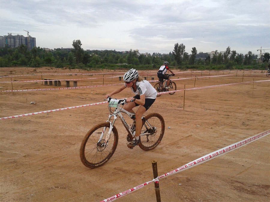 Cyclo-Cross Race at Bhartiya City