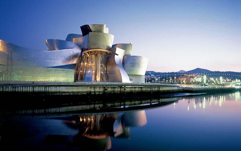 Guggenheim Museum-Bilbao