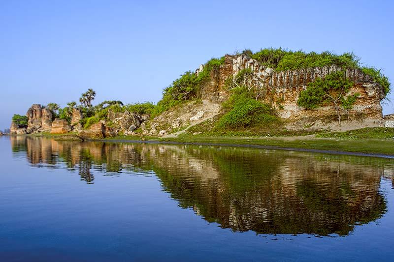 The Ruins of Alamparai Fort   Bhartiya City