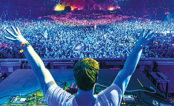 Tiësto Brings the Party to Bangalore