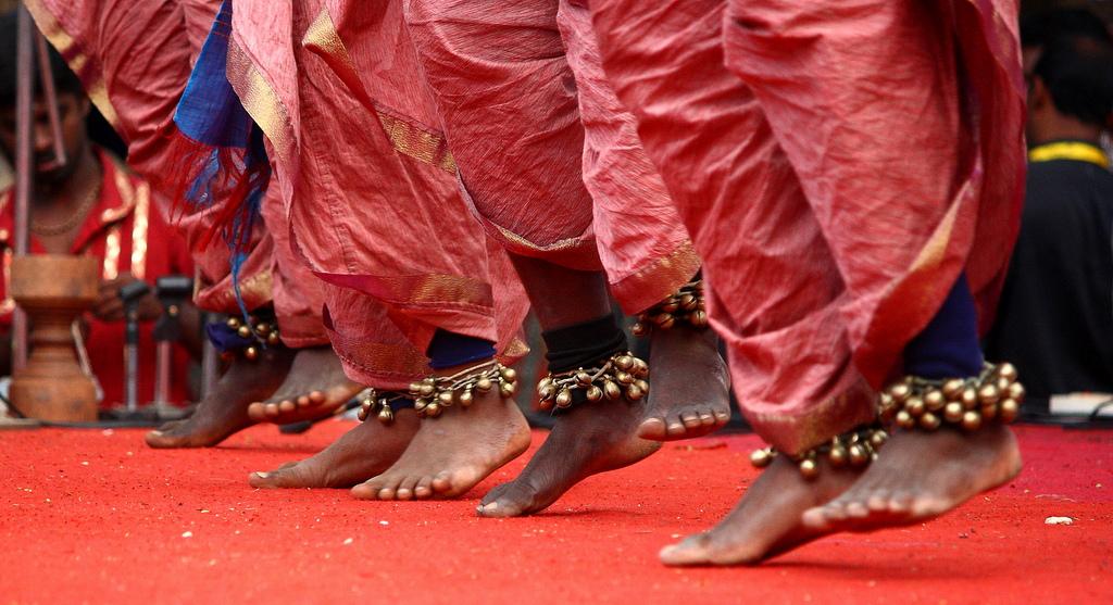 dancing-bhartiya-city